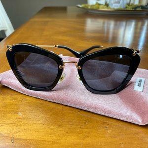 Miu Miu Butterfly Sunglasses SMU10N